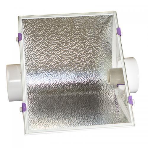 светильник CoolMaster GipoLite 125 используется с лампами ДНАТ, ДРИ. Светильник-моноотражатель для гроутентов.