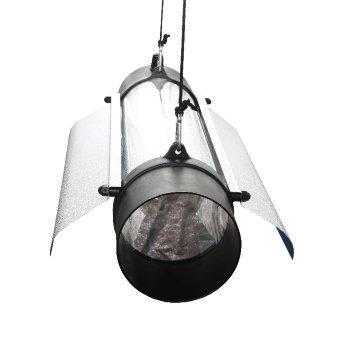 Светильник PROTUBE 150 L - Отражатель выполнен из светотехнического алюминия, что обеспечивает отличное распределение и рассеивание света