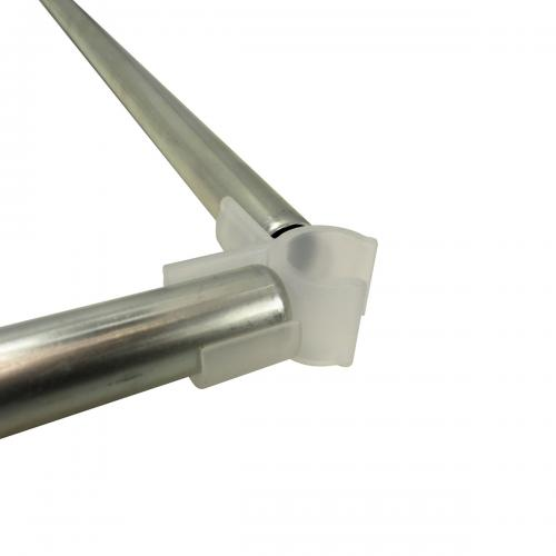 D19 mm Space Booster Kit 150 cm Комплект Space Booster Kit состоит из 4-х пластиковых уголоков-зажимов и 4-х стальных трубок.