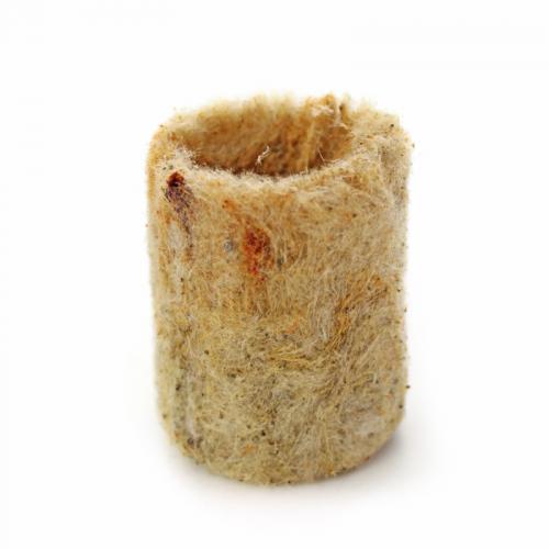 Минеральная вата-пробка для посева семян.  Размер (мм): 22х28. 100 штук в упаковке.  Предназначены для проращиваняи семян. В дальнейшем, пророщенные растения рекомендуется пересадить в минераловатные кубики, блоки или маты.